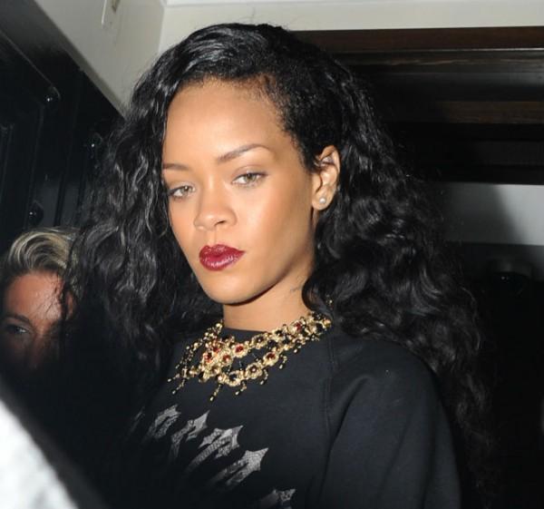 Rihanna_HairBefore