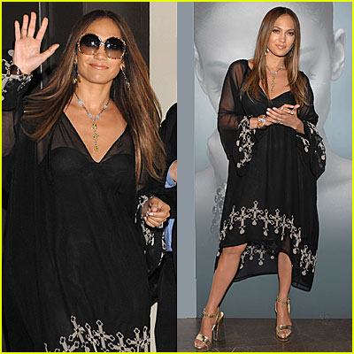 jennifer-lopez-celtic-cross-frock