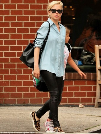 michelle-williams-gallery-slip-on-sneakers