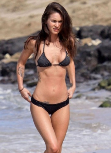 megan-fox-bikini-hawaii-dec-perfect-861605007