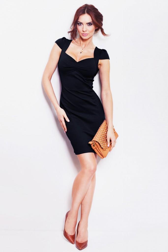 czarna-sukienka-z-ladnym_817__70740_zoom