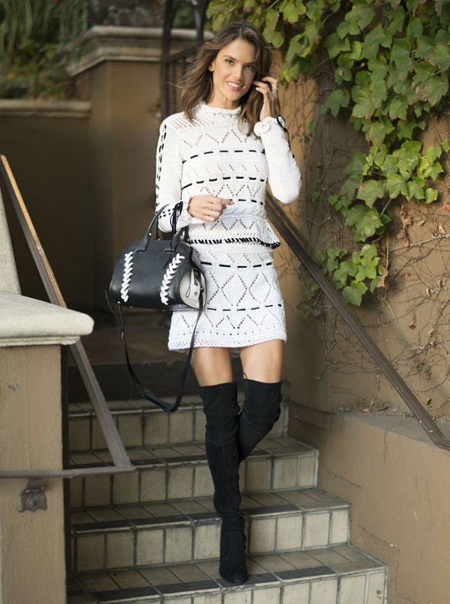 8-celebrity-outfit-ideas-to-try-for-new-years-day-brunch-1600263-1450322174.640x0c
